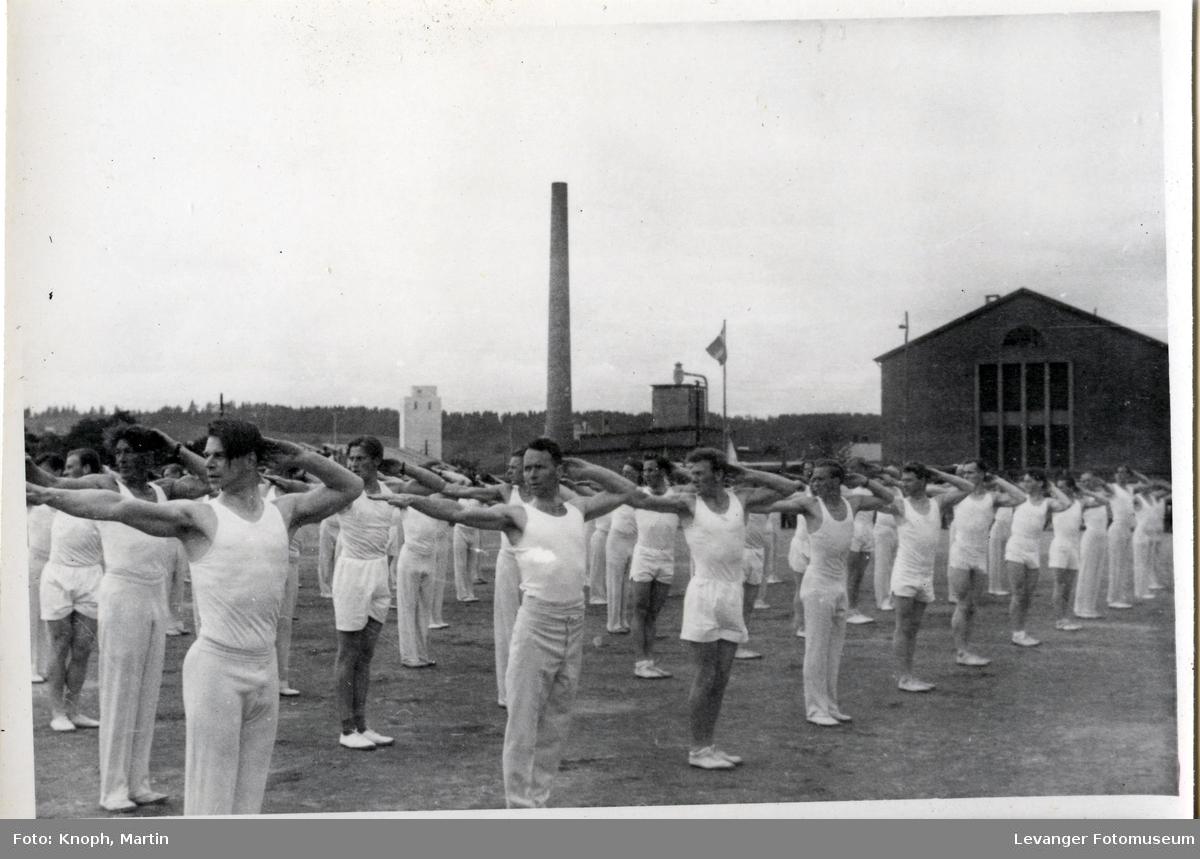 Linjegymnastikk herrer på Sannan  V