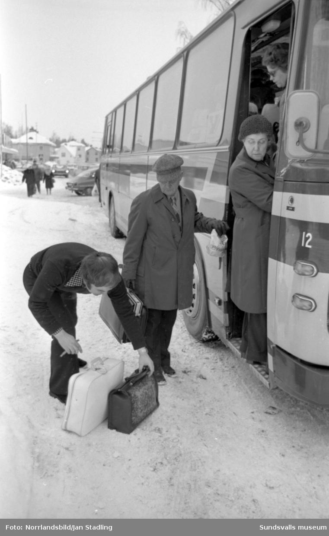 Y-buss i Sundsvall och Timrå. Anställda och passagerare.