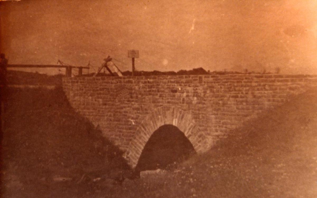 Militært anlegg - bro.