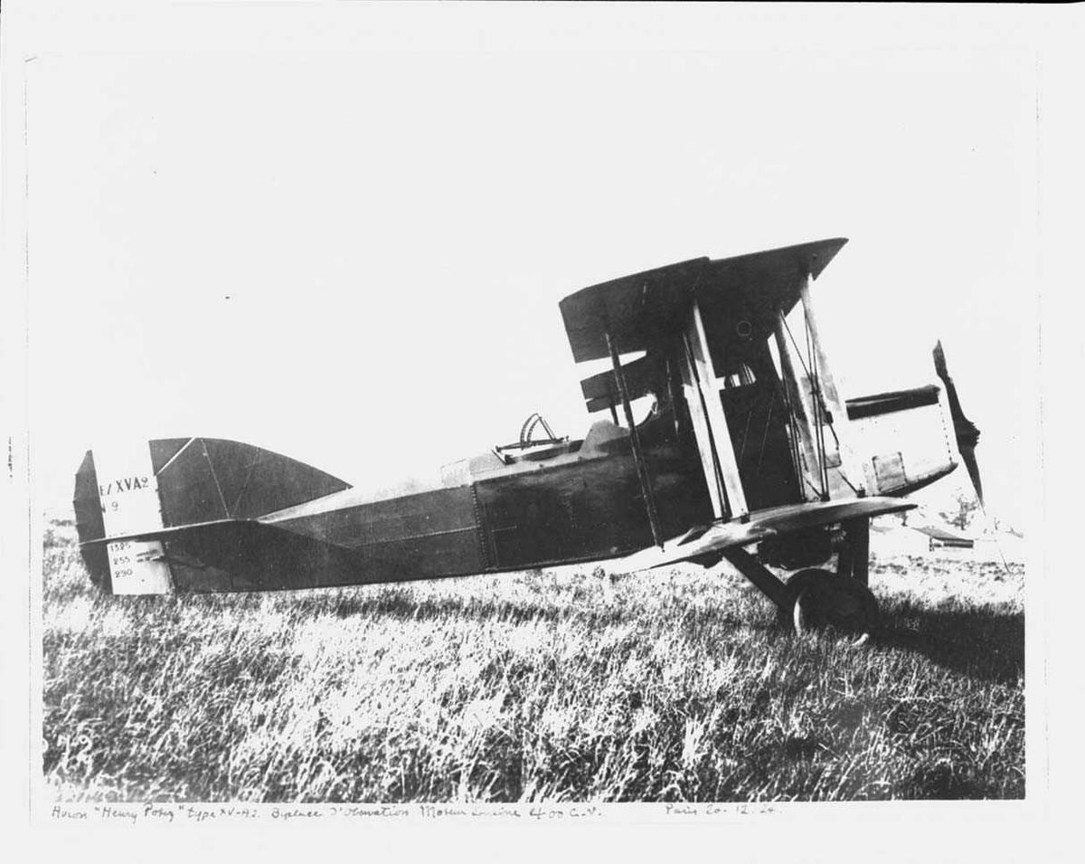Ett fly på bakken, Potez XV A2