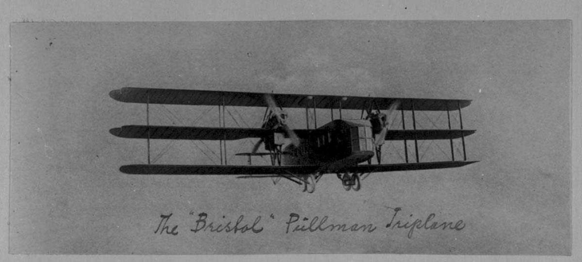 Ett på bakken, Bristol Pullman. Flere personer ved flyet.