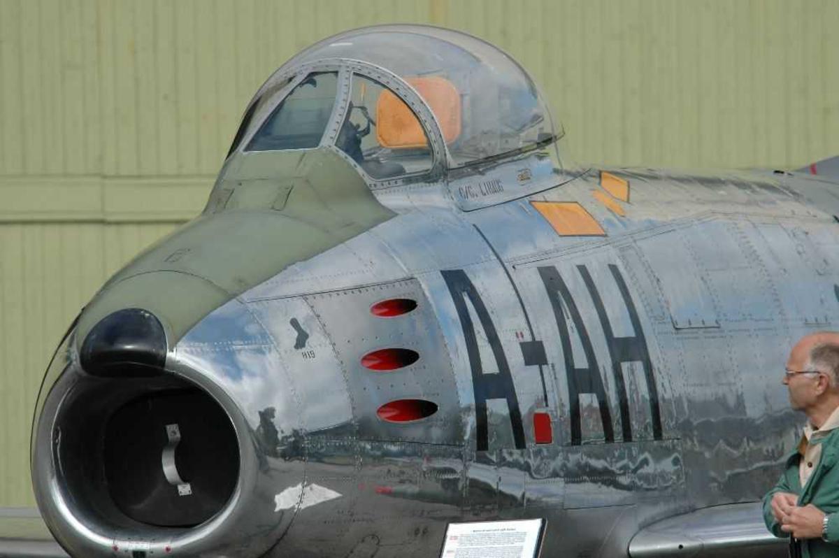 Luftfart (luftfart). North American F-86F Sabre AH-A tilhørende 332 skv Rygge Flystasjon.