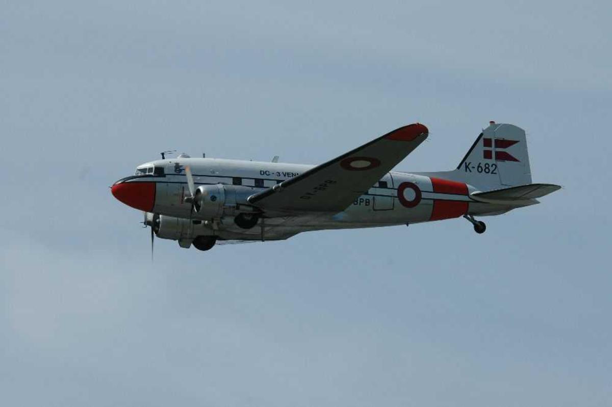 Ett fly i lufta, DC-3 Douglas C-47A Skytrain, OY-BPB / K-682 fra Foreningen For Flyvende Museumsfly.