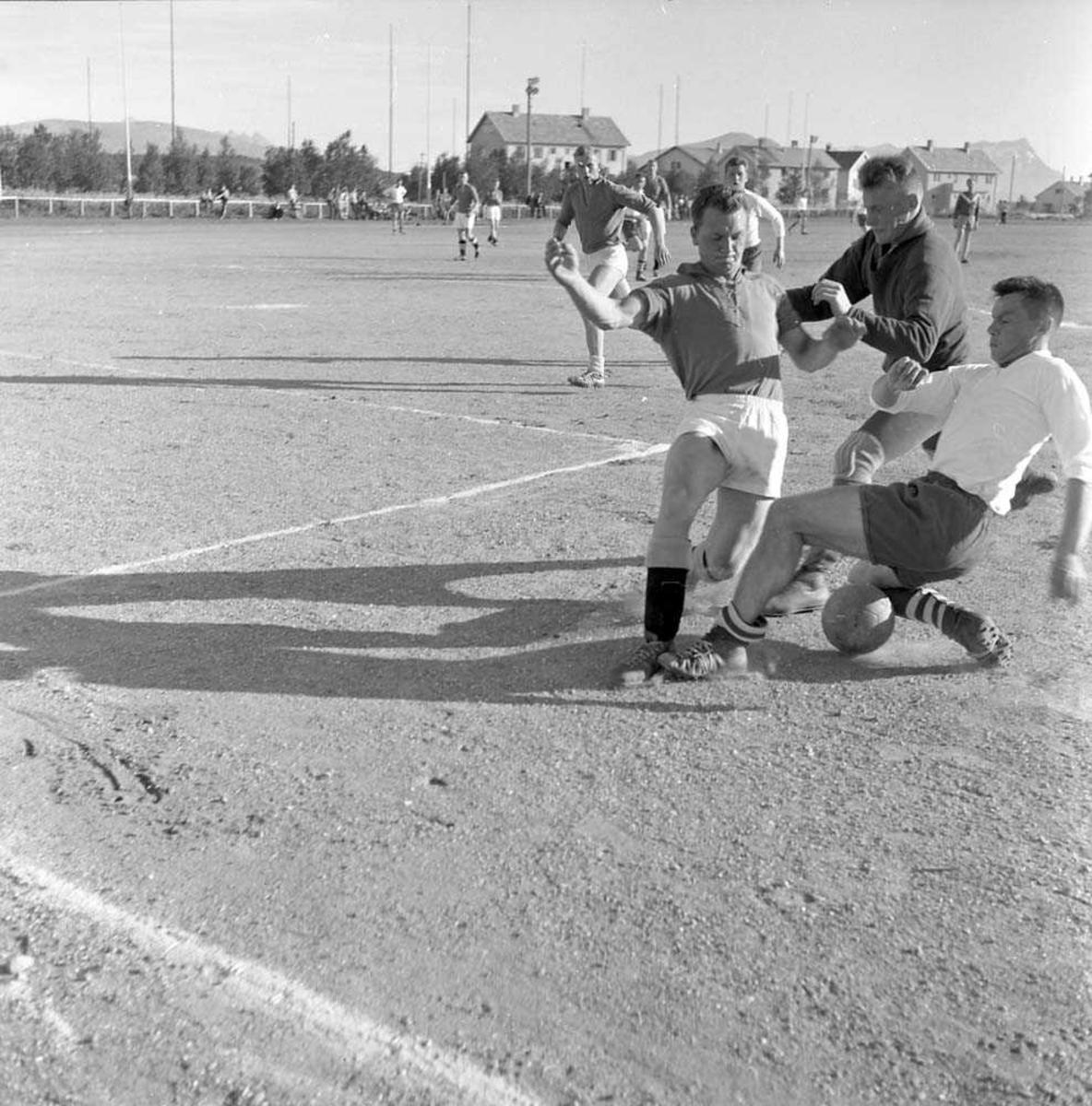 Fotballkamp mellom LKN og LVAN.