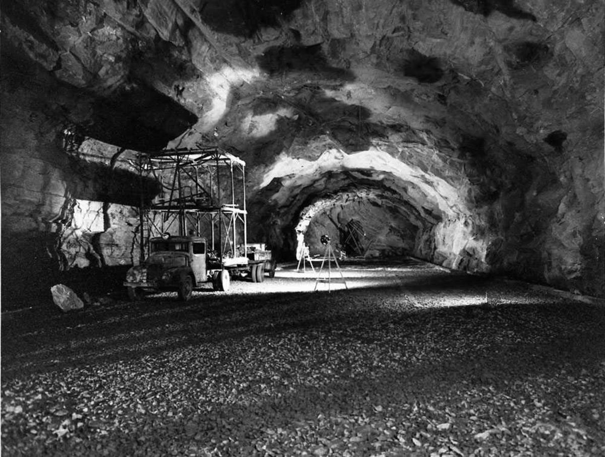 Tunnel/fjellanlegg under byging.