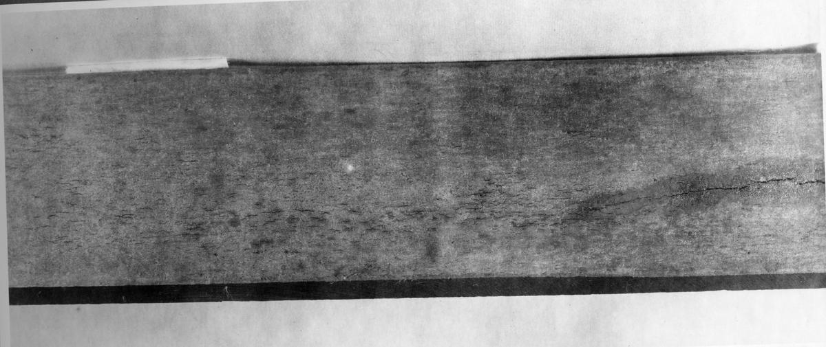 Övrigt: Sprickor i material till lipgaskomp