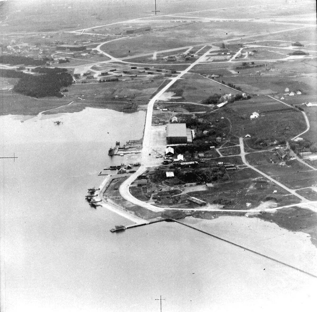 Luftfoto. Sjøflyhavn/flybase.
