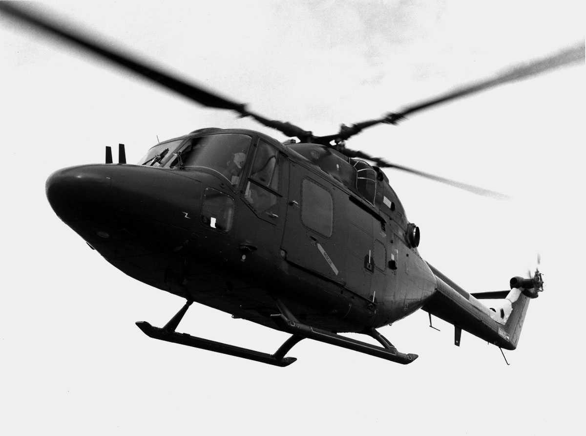 Ett helikopter i luften. Westland Lynx AH Mk.1