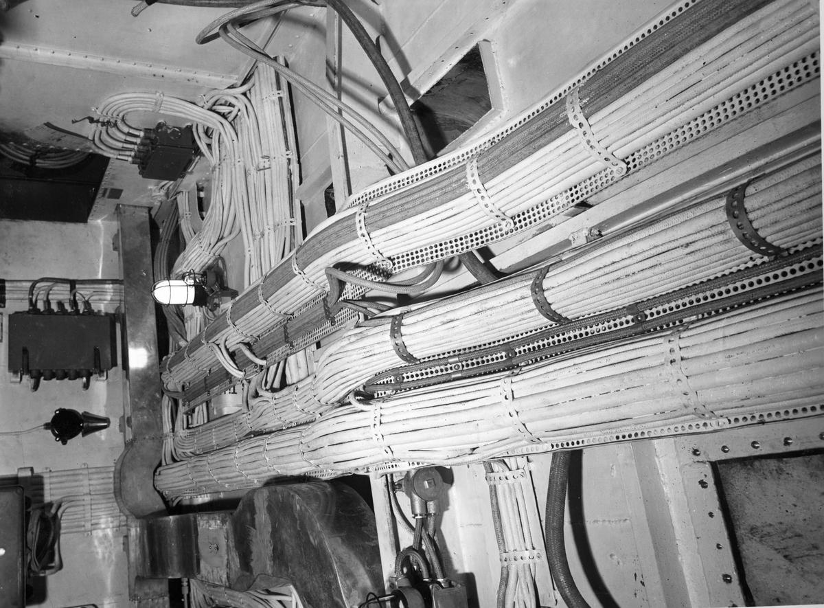 Övrigt: Jagaren Uppland kabeluppläggning