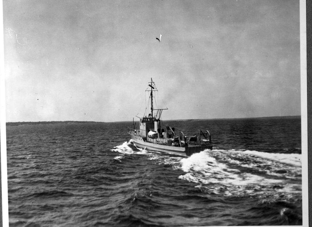 Övrigt: Minsveparen nr 1 till sjöss