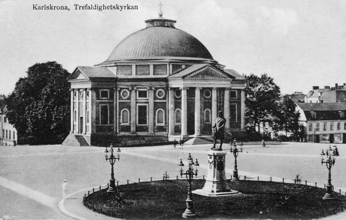 Övrigt: Karlskrona, trefaldighetskyrkan vykort