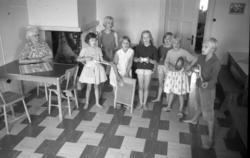 Barnkolonin i Stöde, aktiviterer inom- och utomhus.