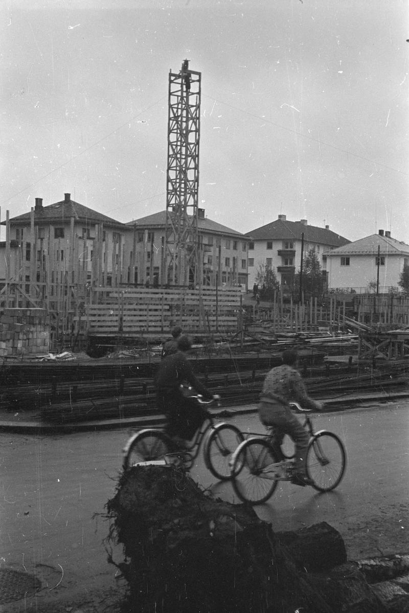 Storgate. Leiret, Elverum. Rådhuset under bygging.
