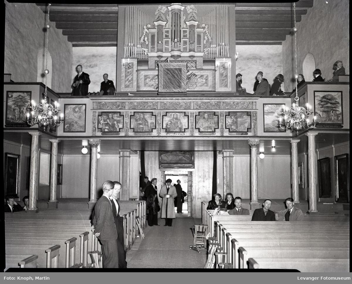 Kongelig besøk, kronprins Olav skal troligan komme Mære kirke.