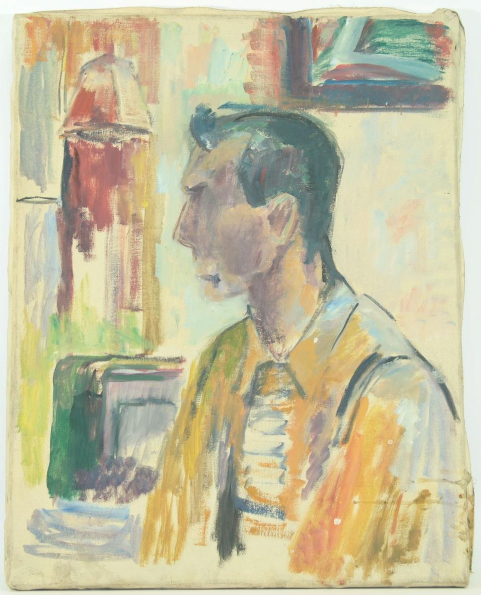 Motivet viser en mann fra skuldrene og opp. Han vender skuldrene i delvis profil mot venstre, mens ansiktet er i fullprofil. Han har på seg skjorte og jakke. I bakgrunnen ser man noen rektangulære former som kan antyde møbler/gjenstander.