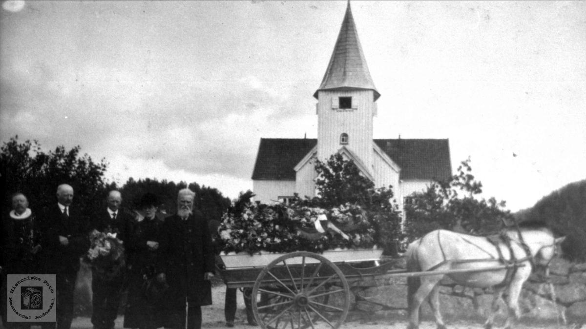 Begravelse på Skjævesland