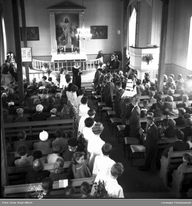Konfirmasjon i Ås kirke