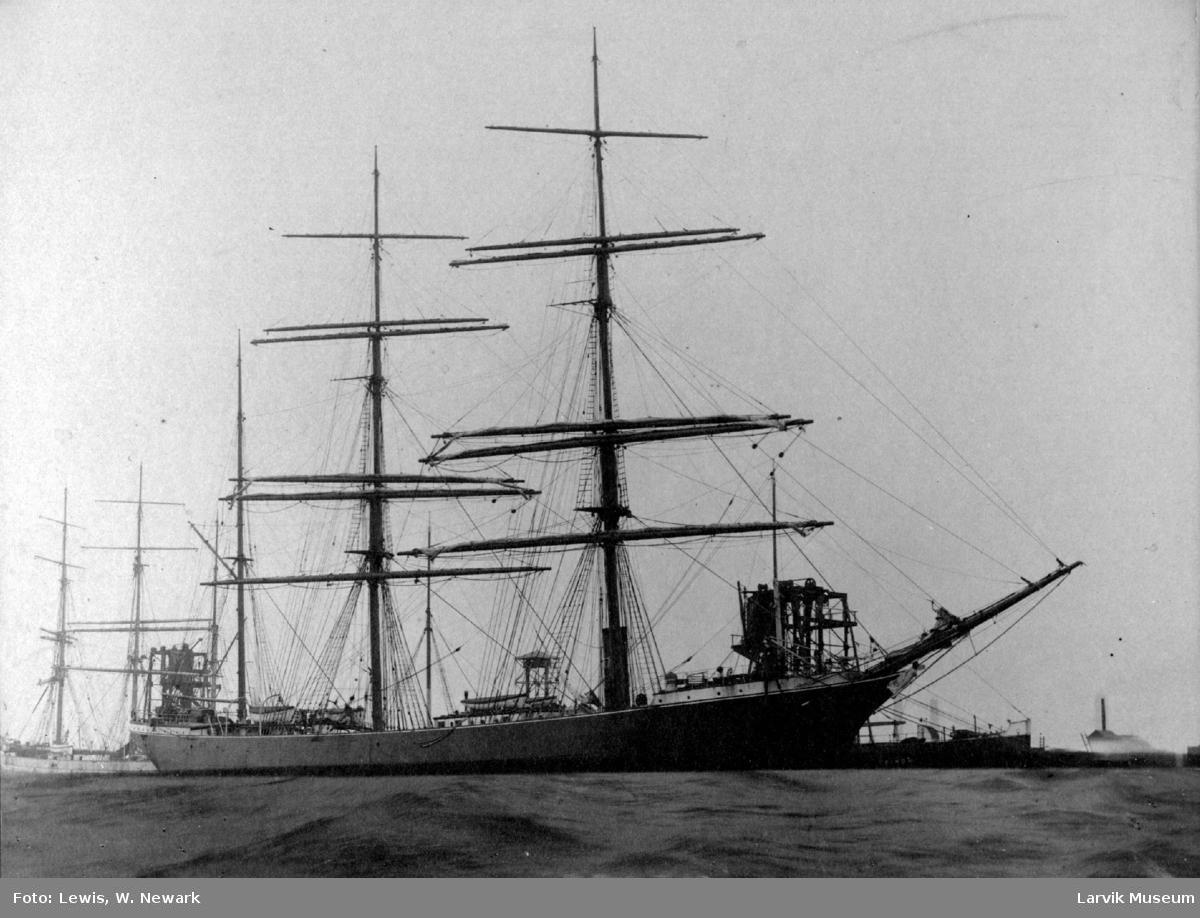 Barken Acadia av Drammen i Port Talbot