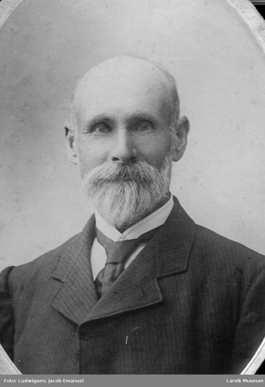 portrett, mann, kaptein Larsen