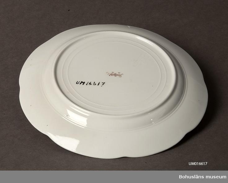 Formgivning: Alf Wallander, bordsservis från 1908.