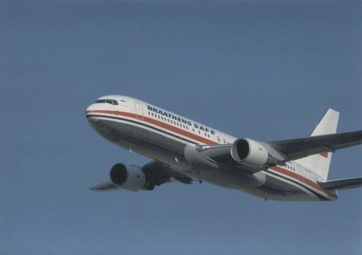 Ett fly i luften. Boeing 767. Braathens SAFE. LN-SUV