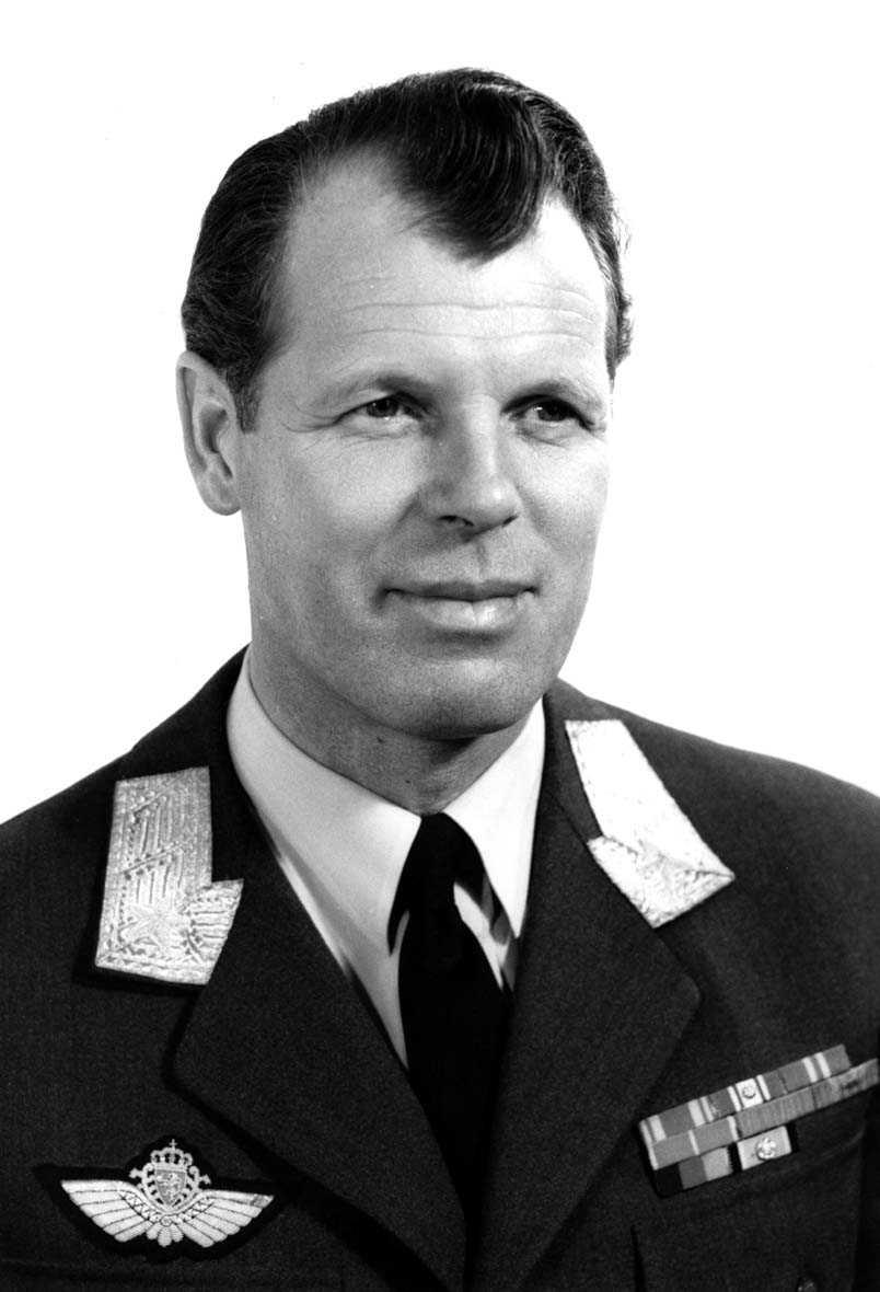 Portrett av en mannlig offiser - militær person. Gen. Tufte Johnsen