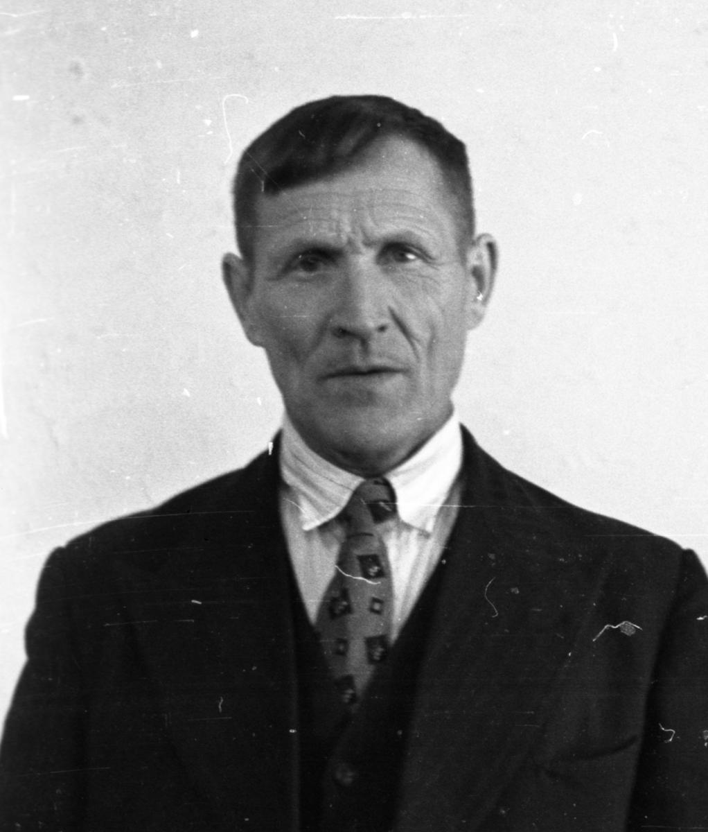 Passbilde av Knut Pålrud Haugen.