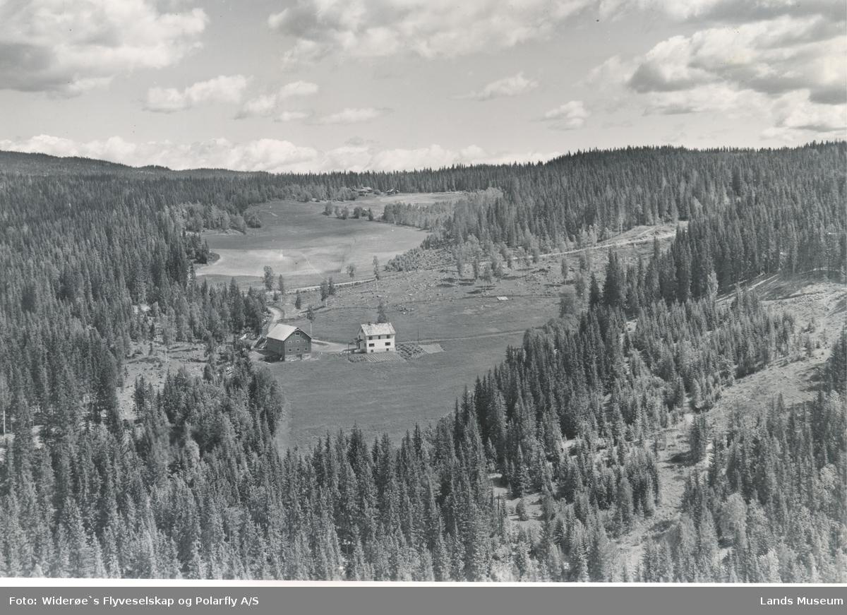 Flyfoto Holte(Øvre-Røste)