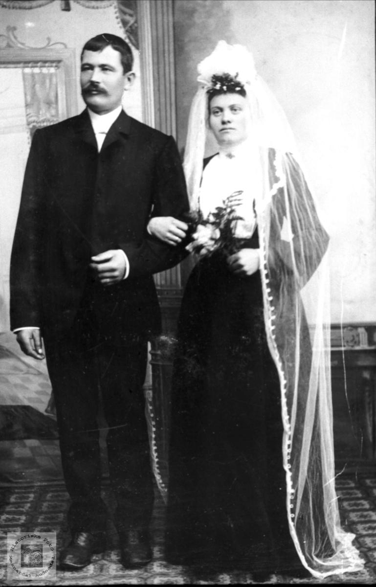 Brudepar. Ole og Sørine Birkeland.
