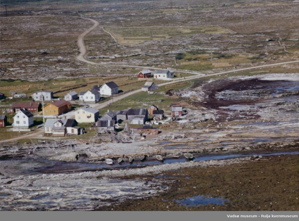 Flyfoto av Store Salttjern, Vadsø kommune, 1963.