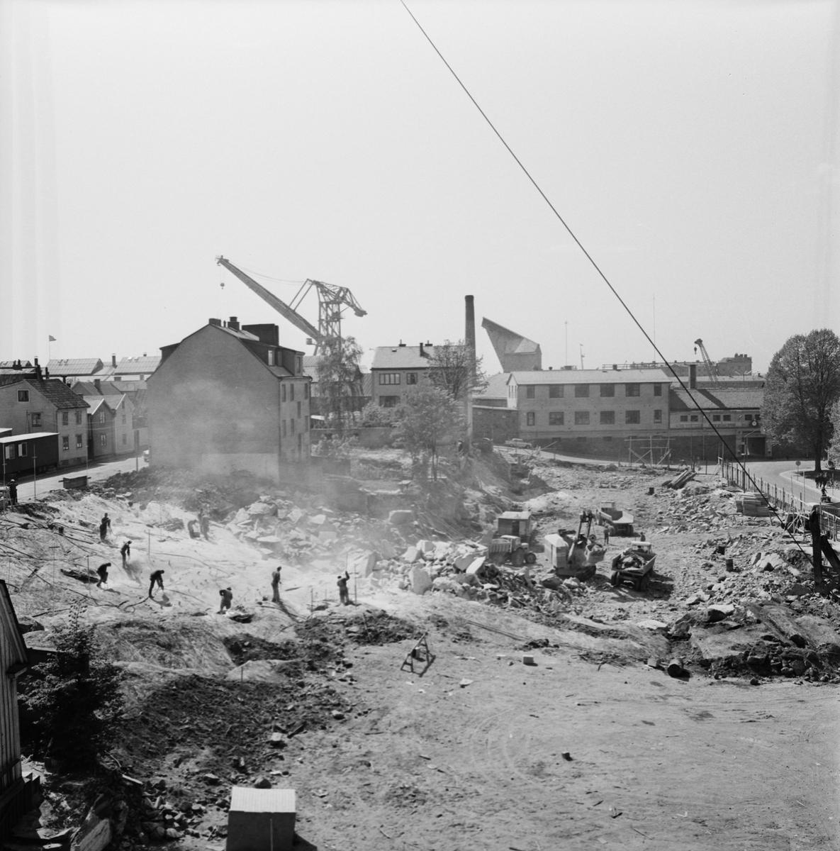 Övrigt: Foto datum: 4/6 1965 Byggnader och kranar Kvarteret pollux
