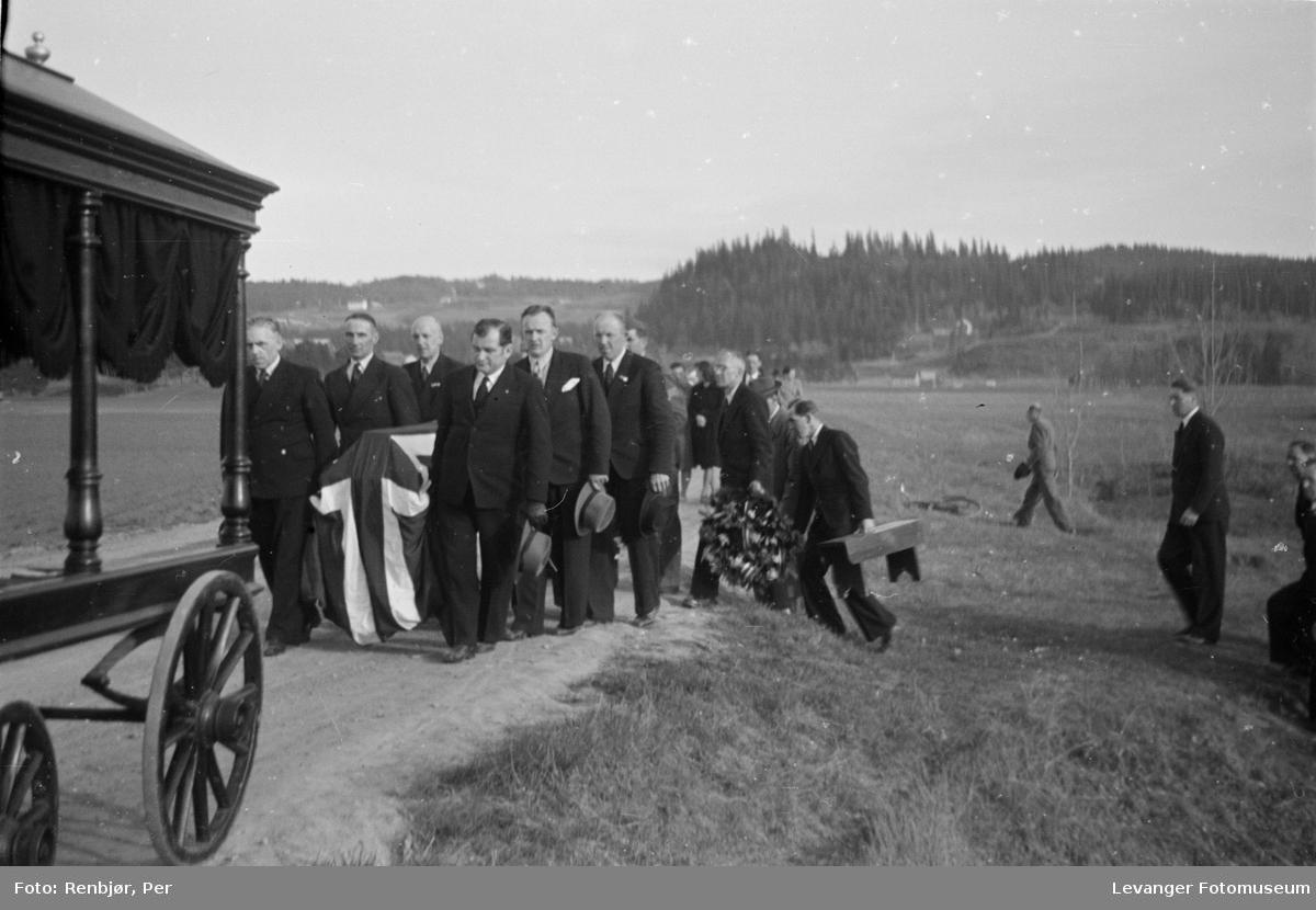 Flytting av levninger til russiske, sovjetiske krigsfanger fra Moan i Levanger til Levanger kirkegård.