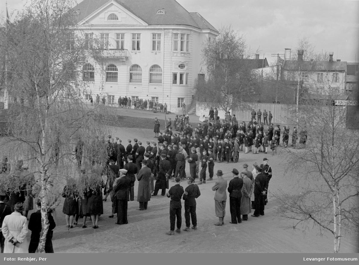 Nasjonal Samling, hirden på torget i Levanger.