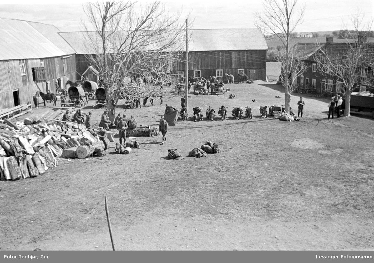 Tyske soldater inntar Rustgården på Nesset