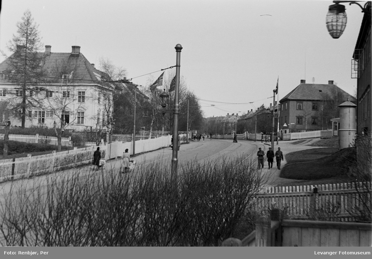 Fredsvåren, gatescene i Trondheim