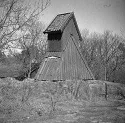 Torslanda socken, Torslanda kyrka. Klockstapeln. ::