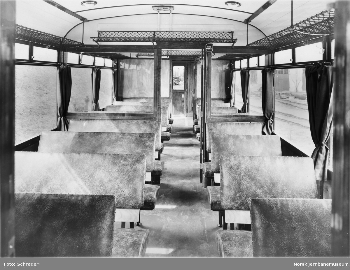 Interiørbilde fra motorvogn litra Cmb type 13
