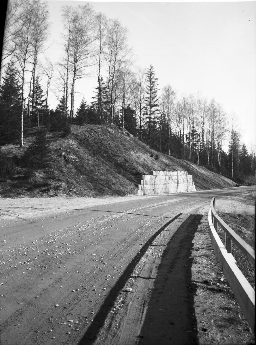Stödmuren vid gravhögen från VSV  Tingvalla Dals-Ed