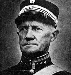 Oberst Eriksen tok ansvar og beordret ild mot Blücher.