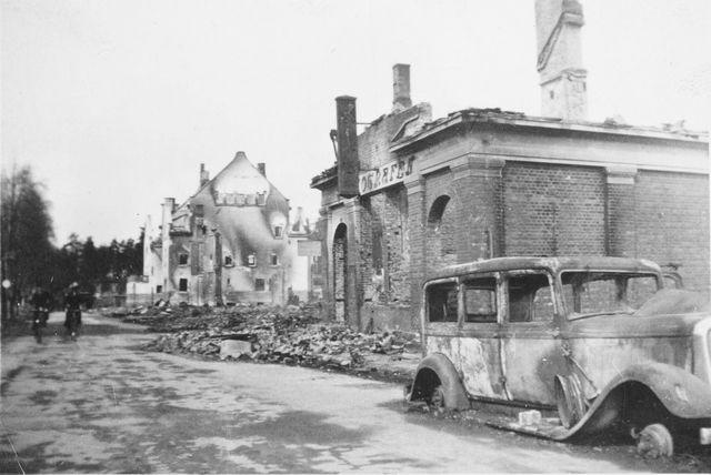 Et utbombet Elverum sentrum.