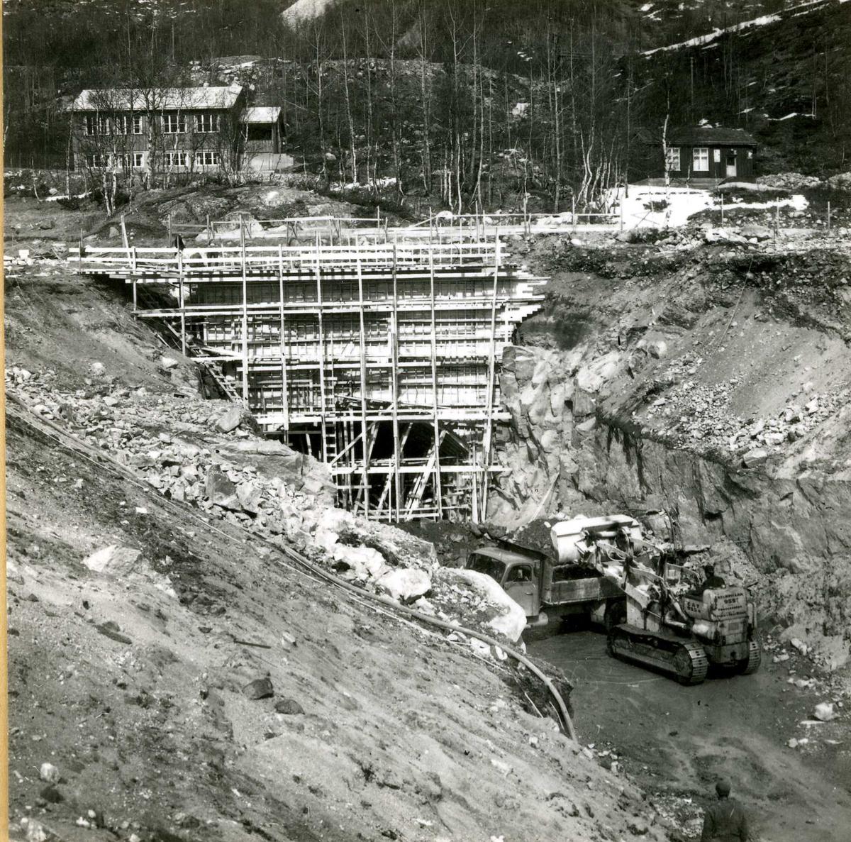 487-4 Utløp av u-tunnel Songa