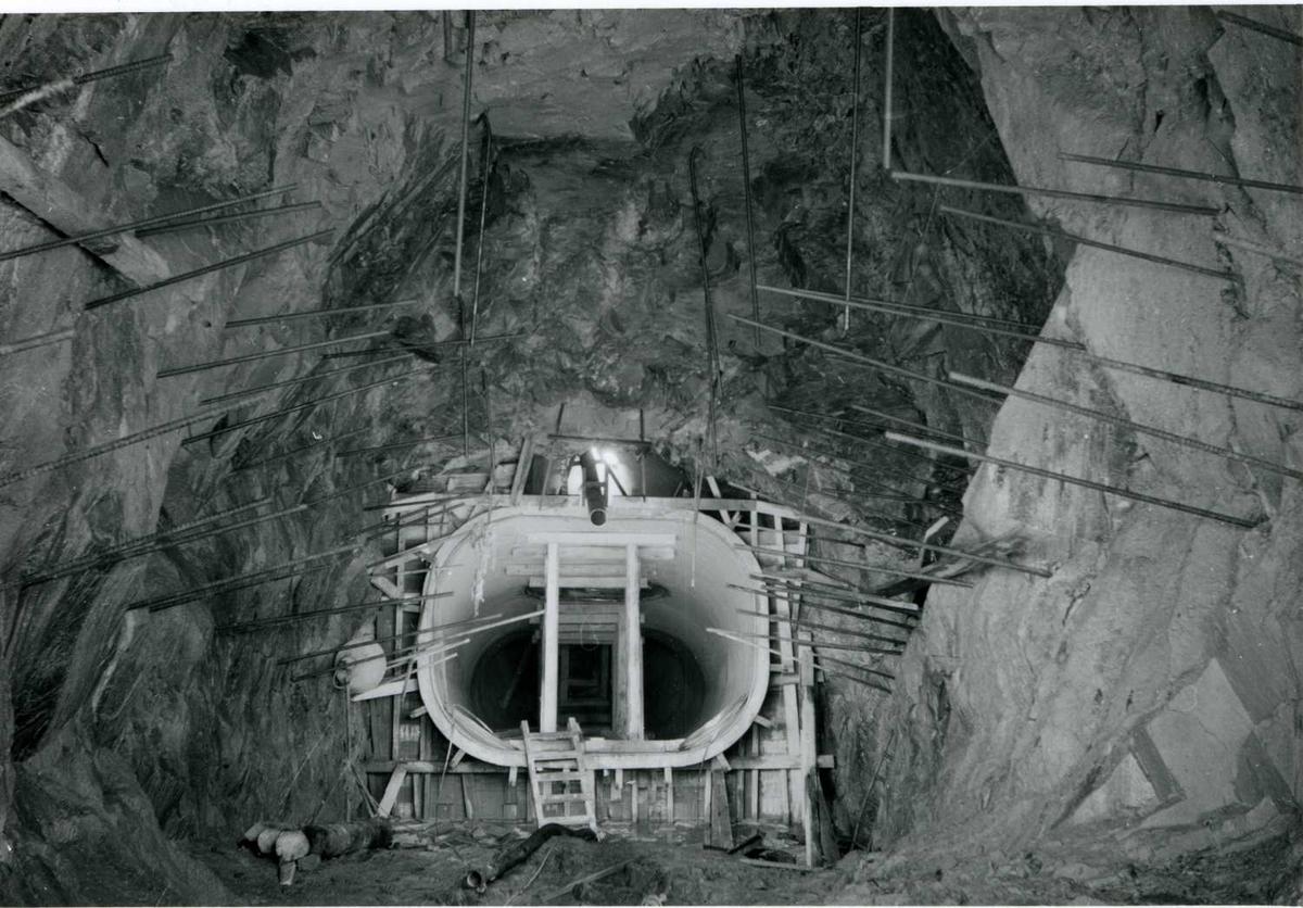 Sugerør sett fra U-tunnel 02-07-59.tif