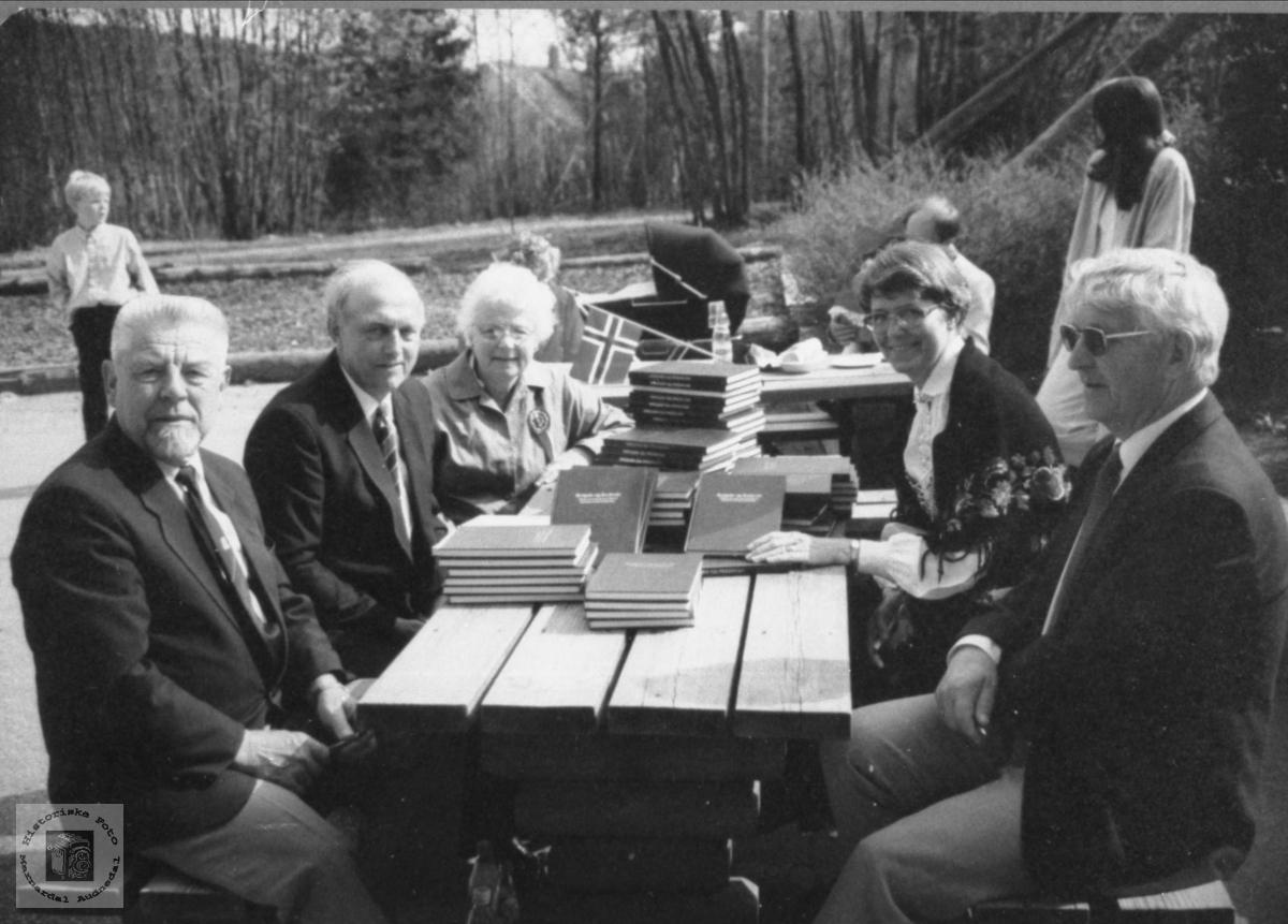 50 års høgtid for freden 1945 på Laudal Skule