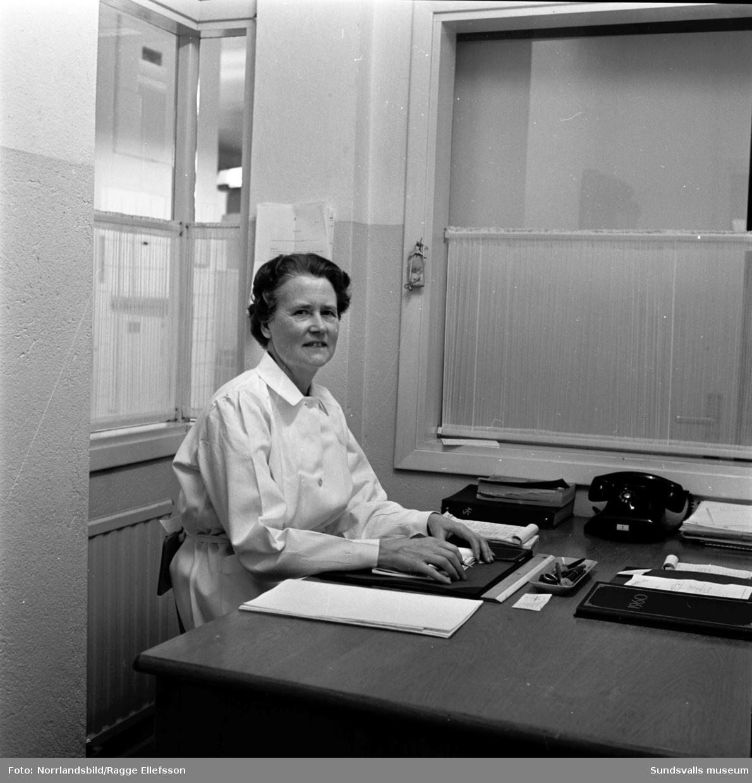 Husmor på Verkstadsskolan 1959.