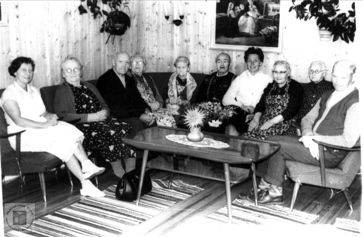 Gruppeportrett - Bjellandsheimen