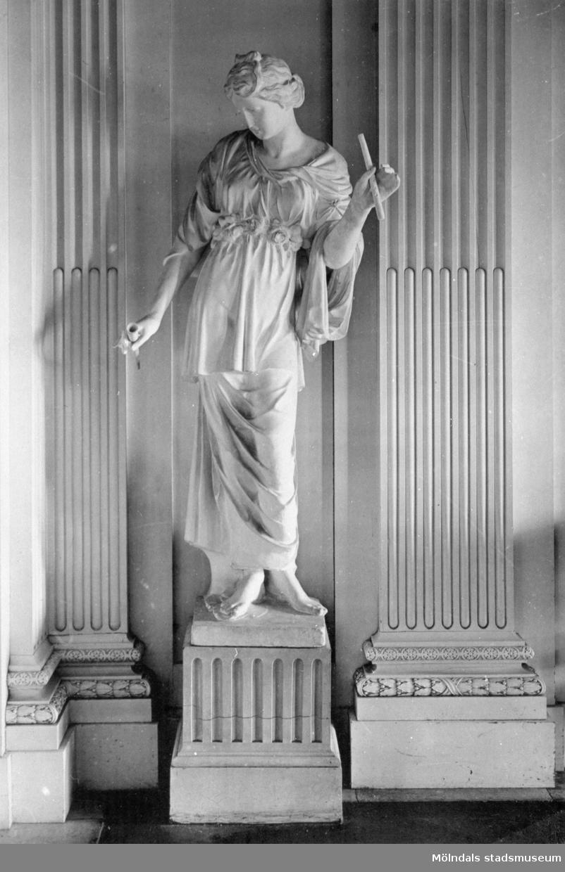 """""""Våren"""" av Gioacchino Frulli (1766-1801) i Stora salongen. Gunnebo slott 1930-tal."""