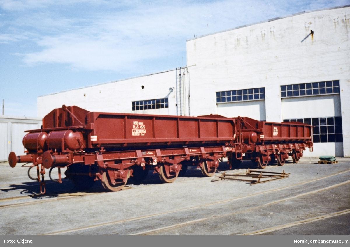 Nybygd sidetippvogn litra RLS5 nr. 4575 verkstedhallene