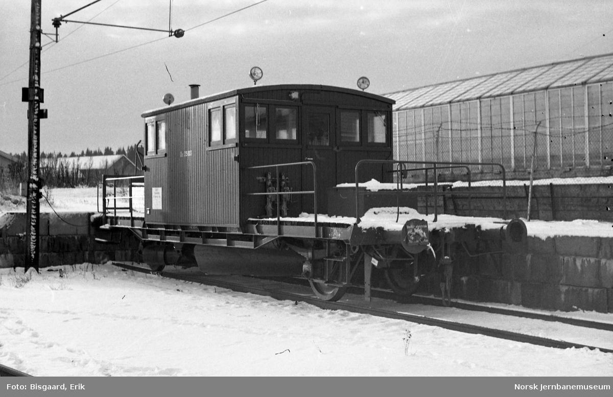 Sporrenser litra Xs nr. 35003 på Ski stasjon