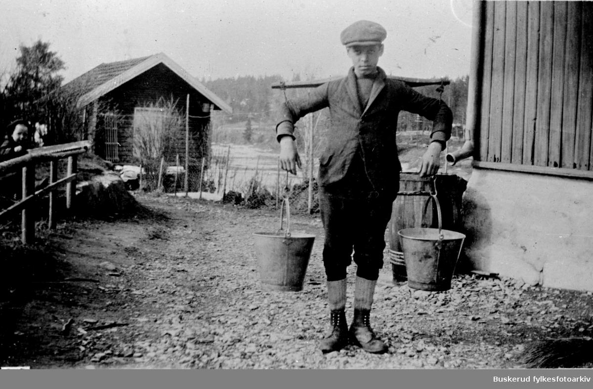 Frydenlund i Åsa. Vannbæring. Arthur Frydenlund
