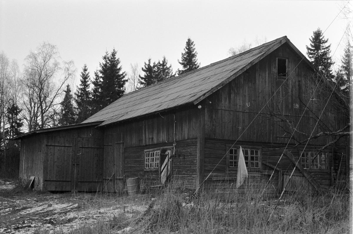 Uthus, Ångelsta 3:4, Lundbacka, Skogs-Tibble socken, Uppland 1985